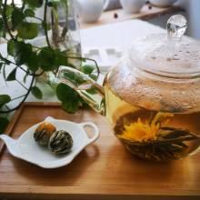 Blooming tea flower tea